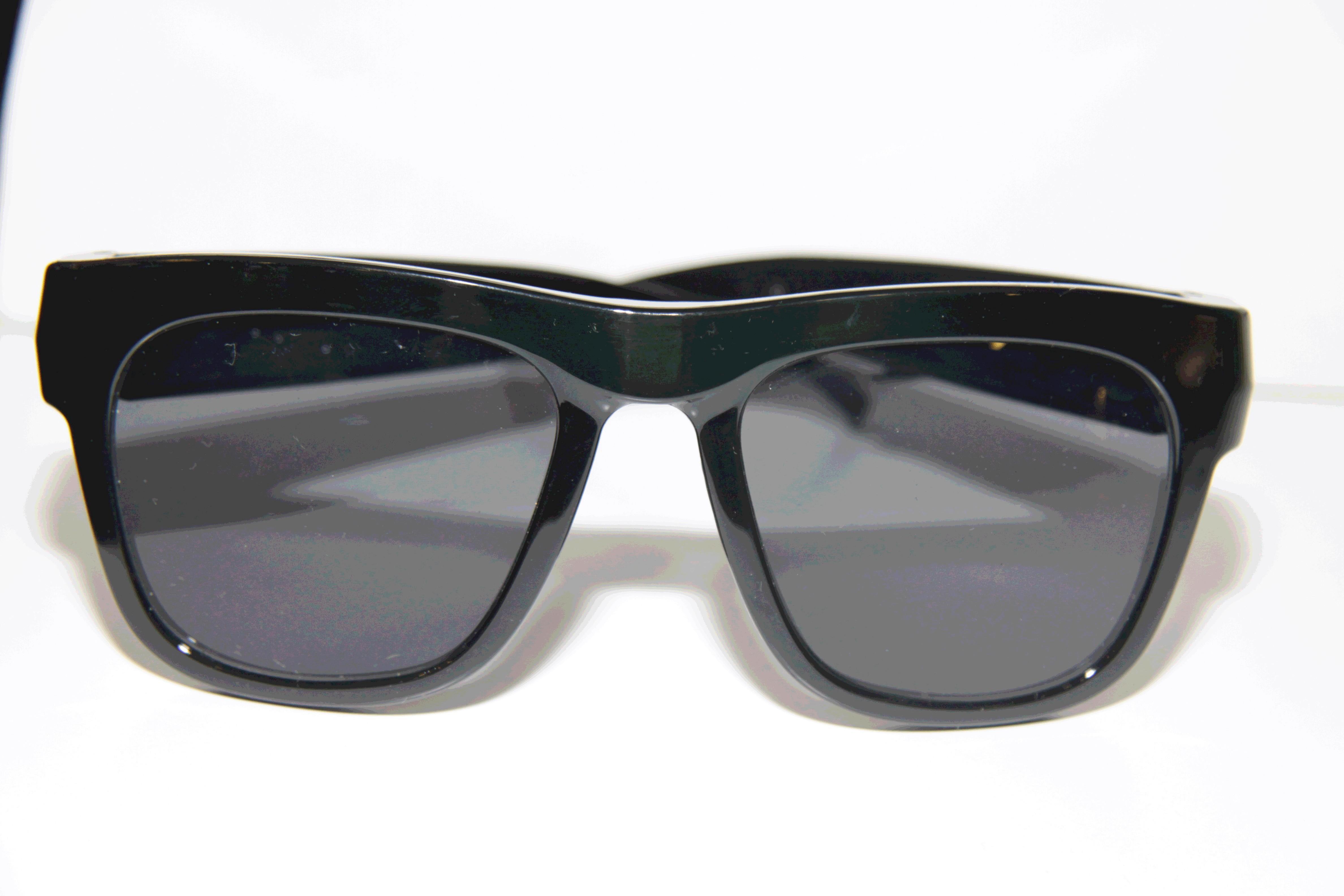 occhiale da sole spia